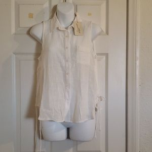 Universal thread size XS top no sleeves. White.